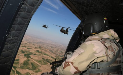 Vídeo: Helicóptero sobre Afganistán