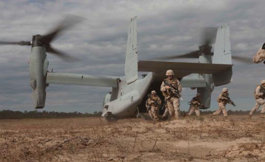 La  ultra rápida aeronave que transportará a los «marines» de Sevilla a África