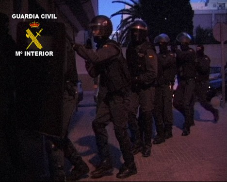 Agentes del Grupo de Acción Rápida de la Guardia Civil / GC