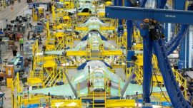 Informe Sipri: EE.UU. aumenta la brecha exportadora de armas