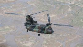 España enviará helicópteros Chinook y Cougar y otros 60 efectivos a Irak