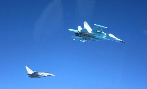 Las fotografías de los Eurofighter españoles «escoltando» a cazas rusos