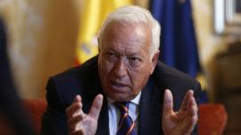 Margallo, sobre Gibraltar: «El Tratado de Utrecht señala que se ceden las aguas interiores del puerto y punto»
