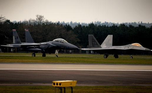 EE.UU. despliega sus F-22 en Europa para «apoyar a los aliados»