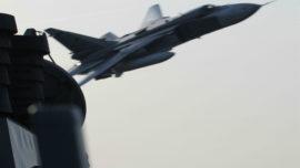 Vídeo: cazas rusos Su-24 hostigan a un destructor estadounidense de Rota en el mar Báltico