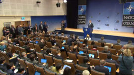 Cospedal-Stoltenberg: reunión bilateral en la cumbre de ministros de la OTAN