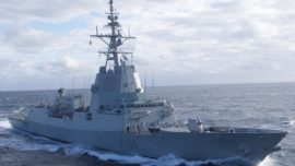La fragata Méndez Núñez participa en un rescate junto al portaaviones Abraham Lincoln