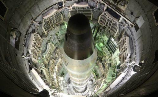 ¿Qué nueve países se reparten las 14.935 cabezas nucleares?