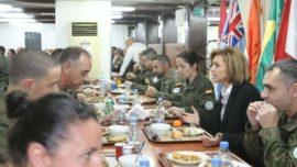 Cospedal viaja a Líbano, donde despliega la Brigada «Extremadura» XI