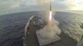 Robles confirma que las fragatas F-110 contarán con misiles «made in USA»