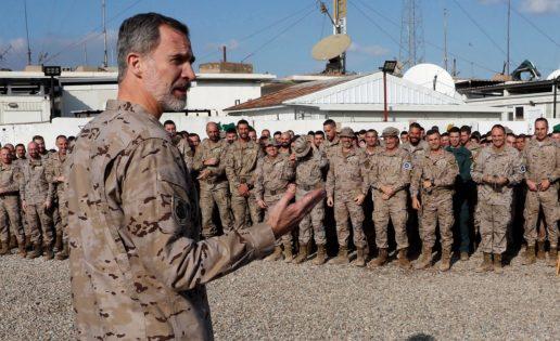 El Rey visita a las tropas en Irak