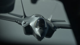 EE.UU. exhibe tecnología militar en Irak y utiliza el F-35 en combate por primera vez