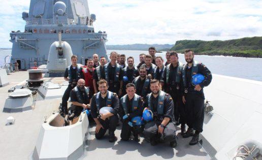 La fragata Méndez Núñez prosigue su vuelta al mundo y llega a la isla de Guam