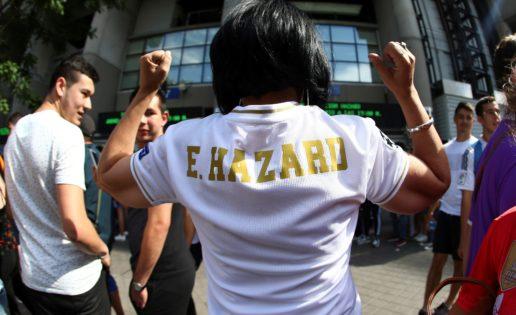 """Hazard colapsa el Bernabéu y la afición pide un broche: """"Queremos a Mbappé"""""""