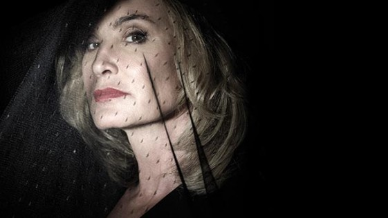 «American Horror Story: Coven» A sus pies, señora Lange
