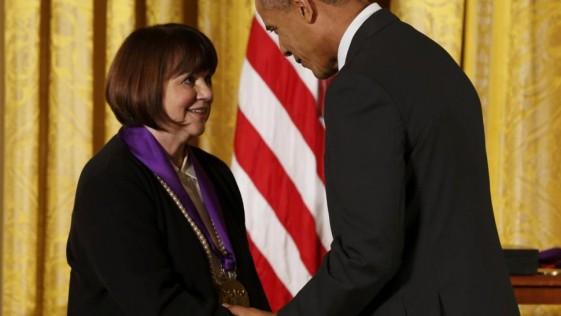 Cuando Obama rindió honores a Linda Ronstadt