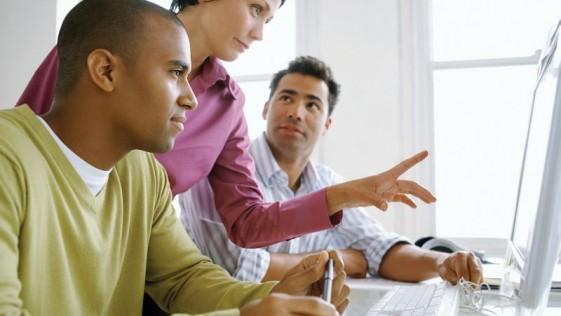 La clave para el arranque de la economía mundial es la formación en TI