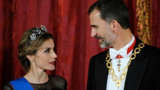 Dos aciertos de la Reina