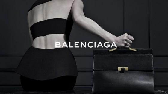 Balenciaga prescinde de Wang