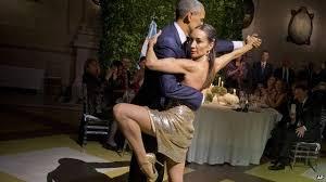 El tango de Obama y el cocktail de estilos de Michelle O. y Juliana A.
