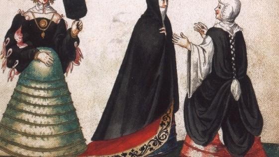 La historia medieval de las alpargatas aragonesas y las plataformas venecianas