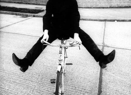 Achtung Bono! La muerte viaja en bicicleta