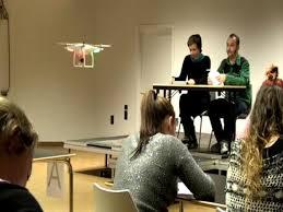 Un «drone» cazará a los alumnos que copien