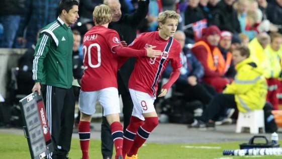 El fútbol nórdico detrás del debut de un niño de 15 años