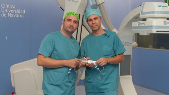 Una técnica nueva y más segura para el estrechamiento de las arterias carótidas