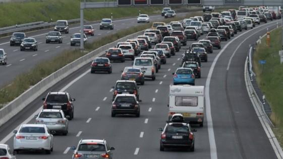 Un niño de 12 años conduce 160 kilómetros con el coche de sus padres para ir a visitar a sus abuelos