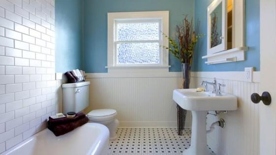 Mujer obtiene el divorcio porque su domicilio no tiene cuarto de baño
