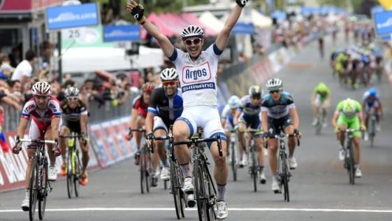 ¿Bomba en el Giro de Italia?