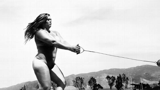 Amanda Bingson desnuda sin complejos