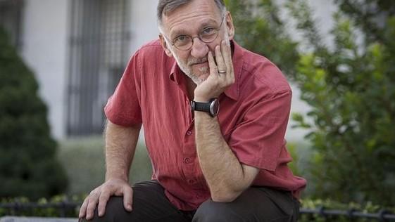 Presidente de MSF España: «La gestión de la epidemia de ébola es un caso de ceguera política y falta de anticipación»