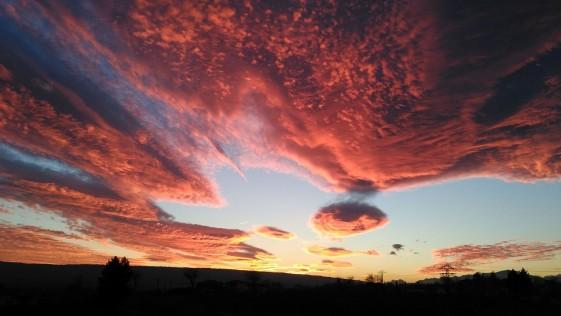 ¿Por qué las nubes se ven rojas?