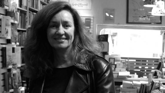 Entrevista a Lola Larumbe, librería Rafael Alberti