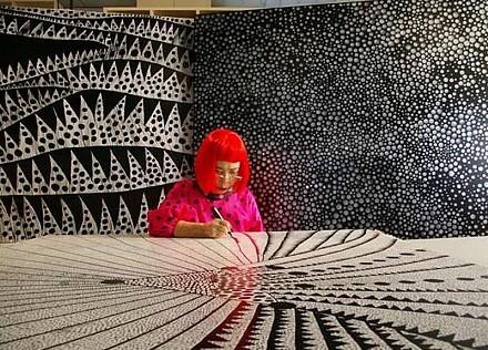 Yayoi Kusama: Biografía, obra y exposiciones