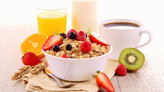 Empieza el día adelgazando: 5 desayunos FIT