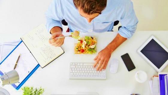 ventajas de llevar el tupper a la oficina eat fit