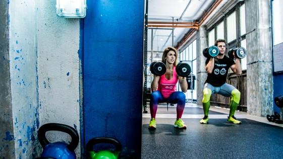 ¿Es bueno para una mujer el entrenamiento de pesas?