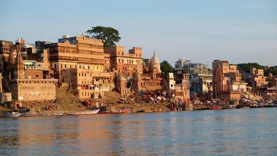 Cuidado con ensuciar el Ganges: ya tiene los mismos derechos que una persona