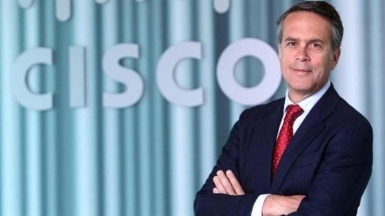 José Manuel Petisco: «España tiene el reloj tecnológico en hora»