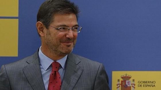 A favor del ministro Catalá