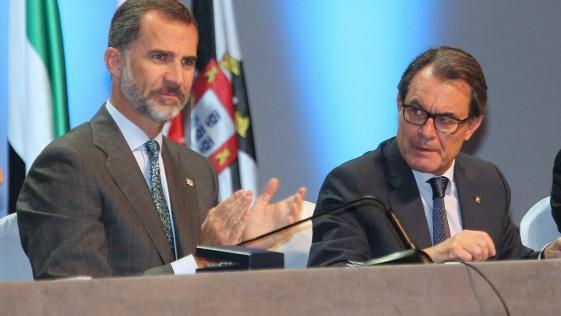 La digna «bofetá» del Rey a Artur Mas
