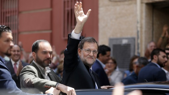 "Rajoy, sin ""heredero natural"", quema su último cartucho"