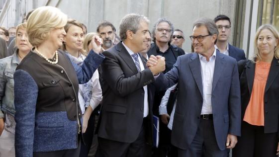 El lloriqueo catalán de Homs y Mas, de vergüenza ajena