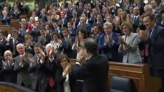 Pedro llora, Rajoy sonríe y los violentos fracasan