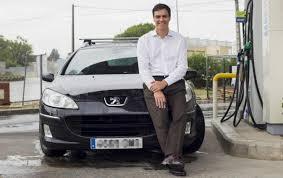 Pedro Sánchez aparca el coche y su gira por España