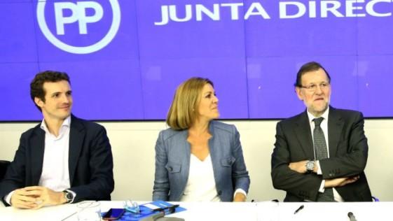 Pablo Casado se estrena como líder en Madrid, bajo la tutela de Cospedal