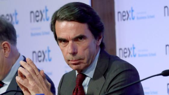 La elegancia de Rajoy y la deslealtad de Aznar